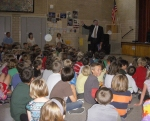 Steve Harrell of The Kempe Foundation talks to Bromwell Elementary students about Kempe.